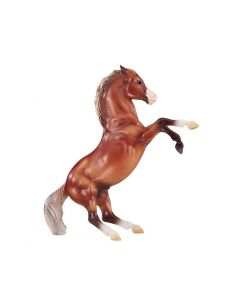 Breyer #947 Silver Bay Mustang